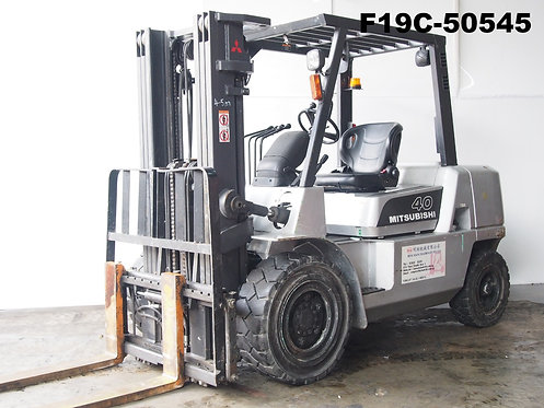 Mitsubishi FD40KLT, 4 ton forklift, container mast, side view