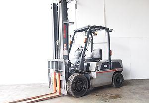 used nissan forklift FGJ02A30U for sales