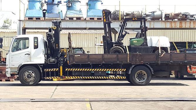 komatsu 5 ton forklft on site repair service