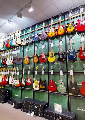 Guitar-Center-763-07042020_065526.jpg