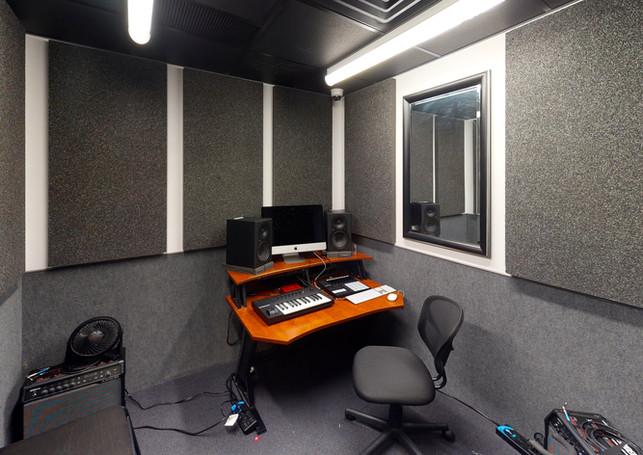 Guitar-Center-763-Office(9).jpg