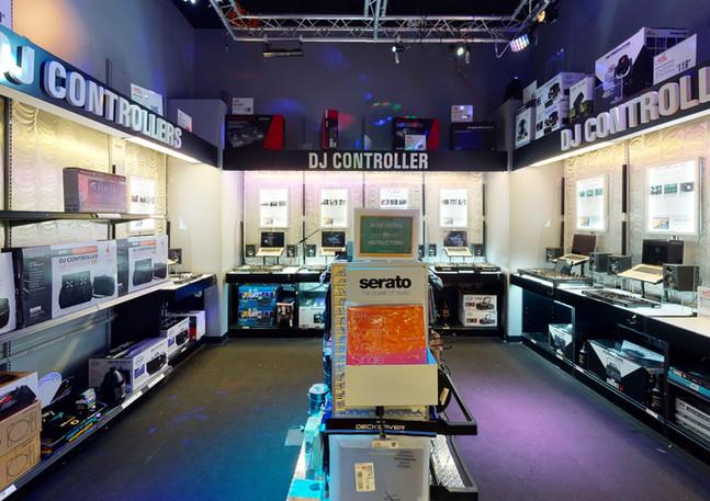 Guitar-Center-763-Kitchen.jpg
