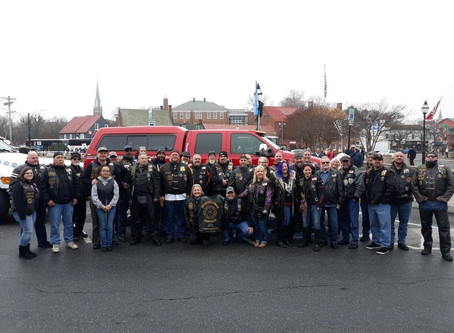 Hogs and Heroes Lead 2019 Military Bowl Parade.