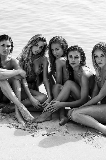 Cambrie Schroder, Scarlett Leithold, Renee Somerfield, Carmella Rose, Faith Schroder