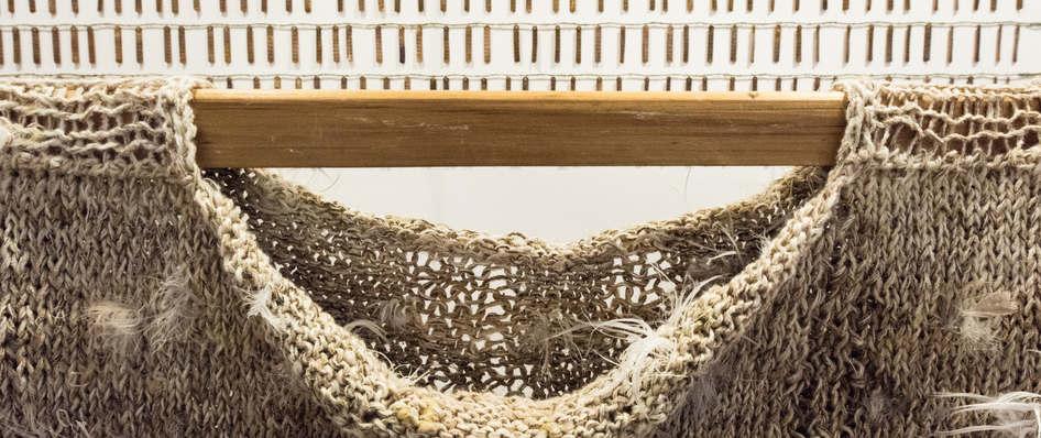 Storyteller(detail5), nettle, alpaca, silk, wool, copper, plant dyes feathers; 224x120x41cm; photo Anne  Thomson; Fiona Percy