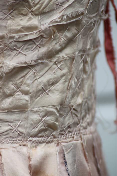 Ribinnean Riomach (detail3); silk, calico, madder root, wool; 130x45cm; Fiona Percy 2017