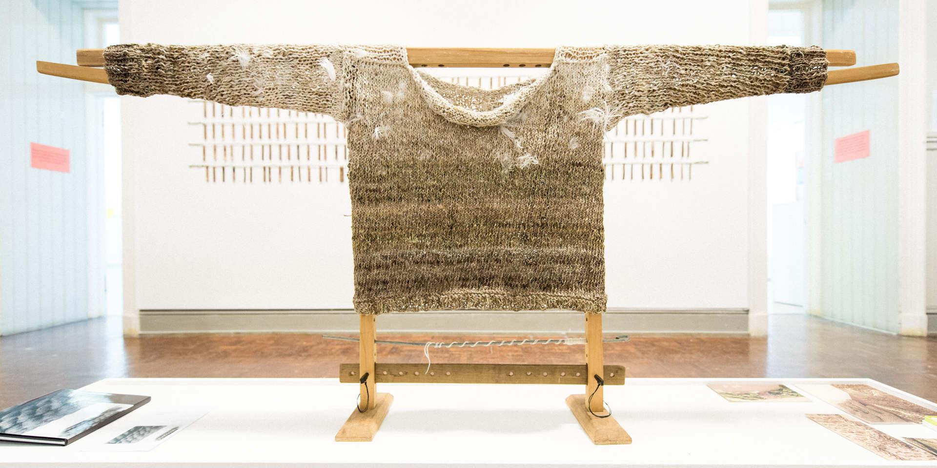 Storyteller, nettle, alpaca, silk, wool, copper, plant dyes feathers; 224x120x41cm; photo Anne  Thomson; Fiona Percy