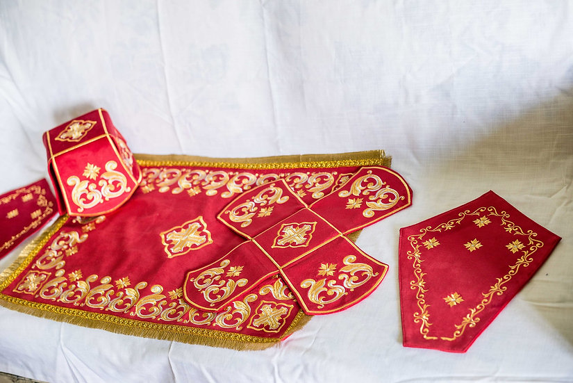 Chalise covers, veils. Red Color, embroidered, with Napkins for Crosses