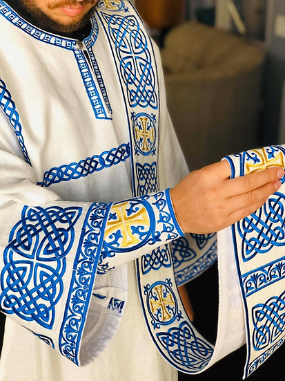 White blue deacon leaning vestments set