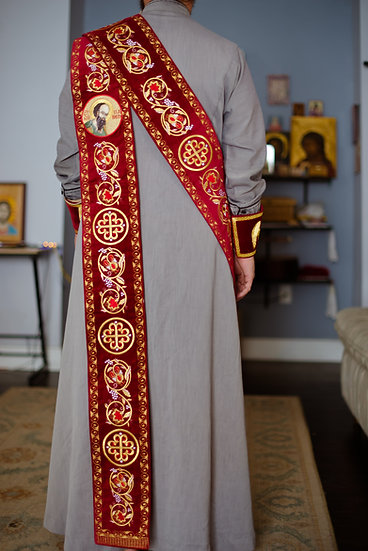 Protodeacon orarion with icons of peter and Paul on it