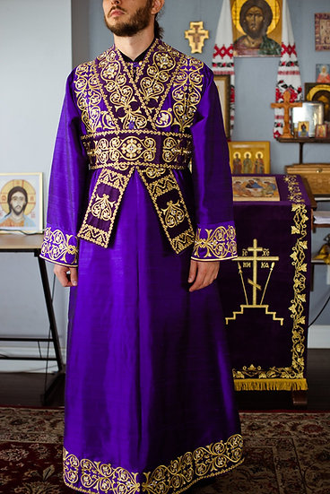Fully embroidered deacon vestments set