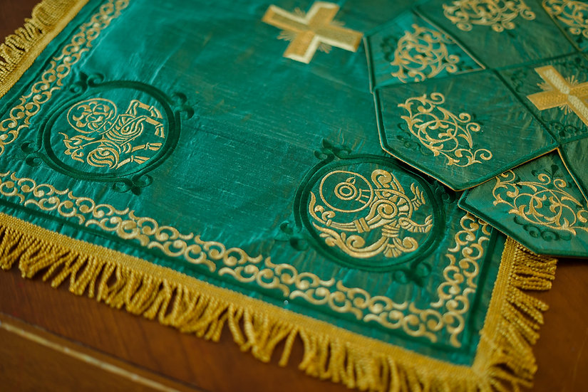 Chalice covers, green with icons from Book of Kells