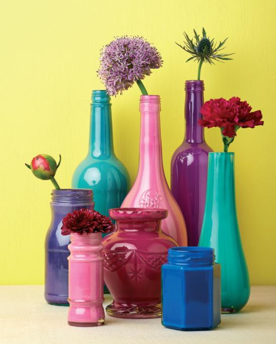 Vibrant bottles for Homemaker