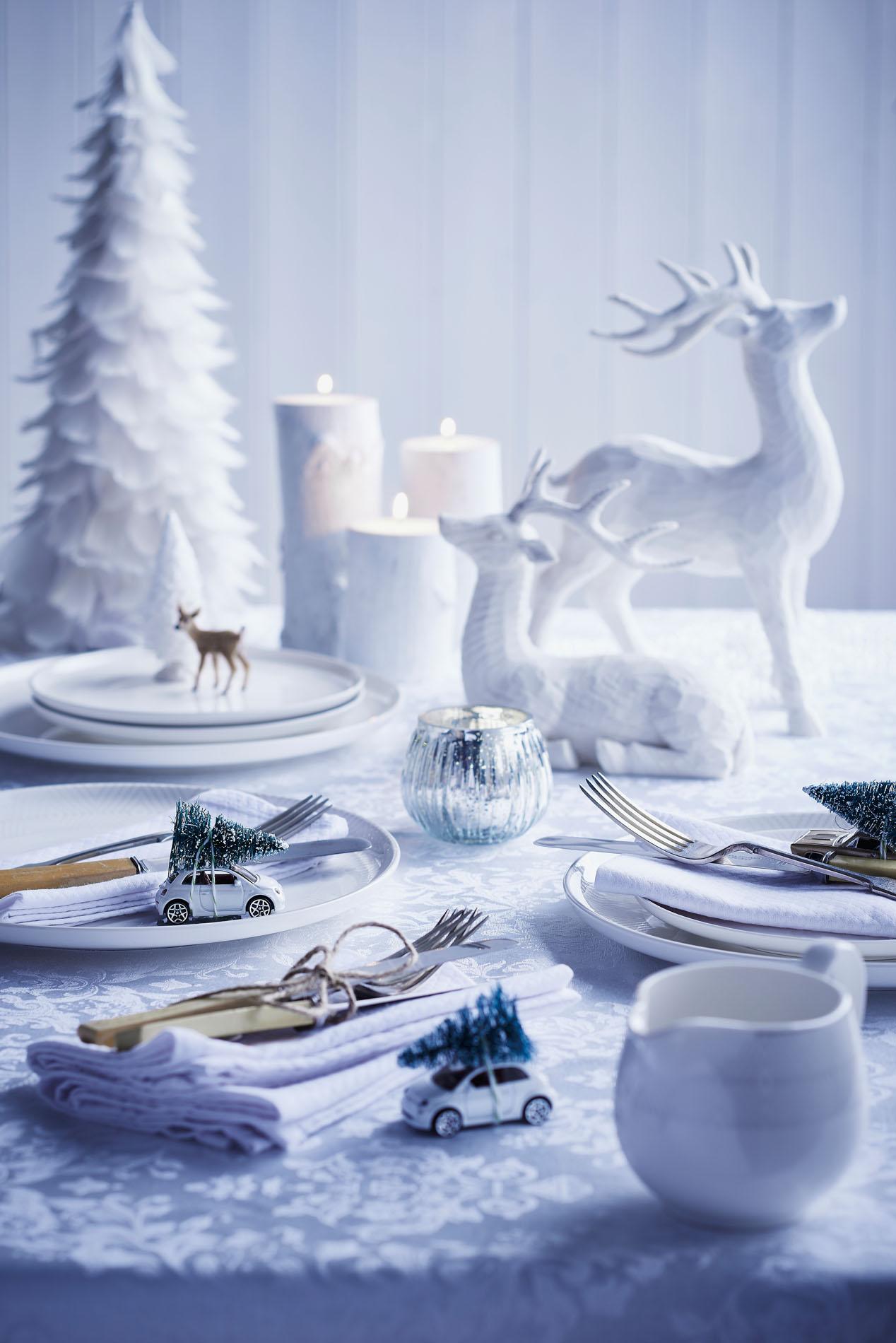 White Christmas for Homemaker
