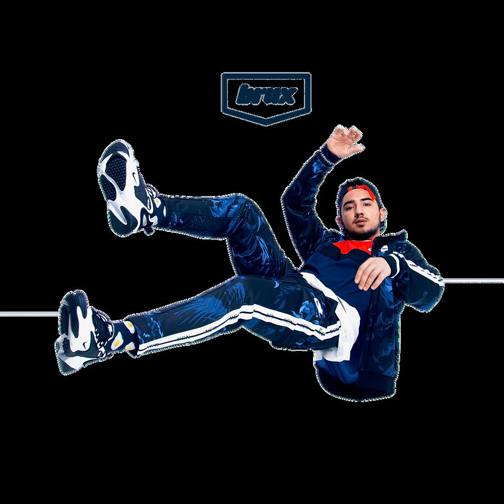 Спортивный костюм Nike Sportswear NSW Palm Tree.  Футболка Nike Air Top.  Кроссовки Nike Zoom 2000.
