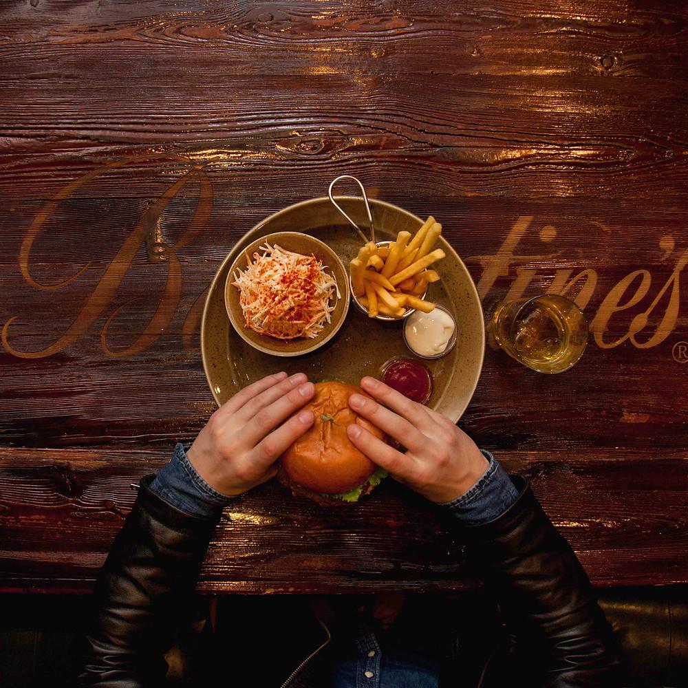 Фастфуд, бургер, картошка фри, фудсъемка алматы