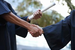 graduación del apretón de manos