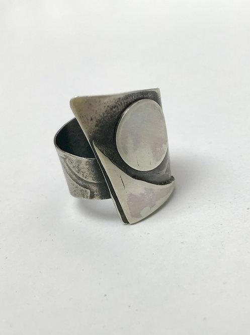 Circle and Angle Ring