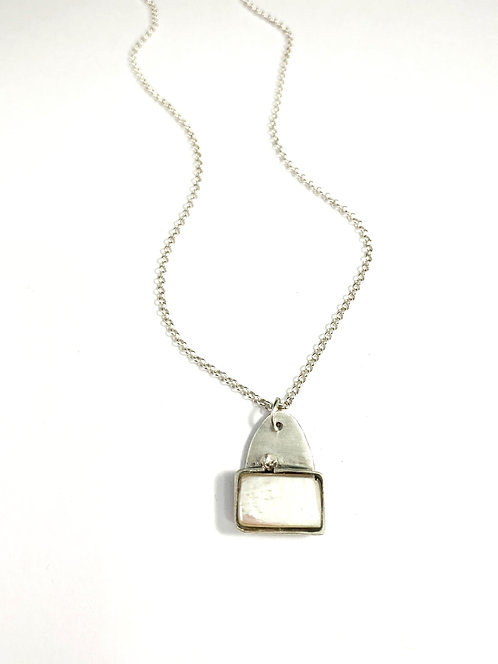Rectangle Pearl Necklace
