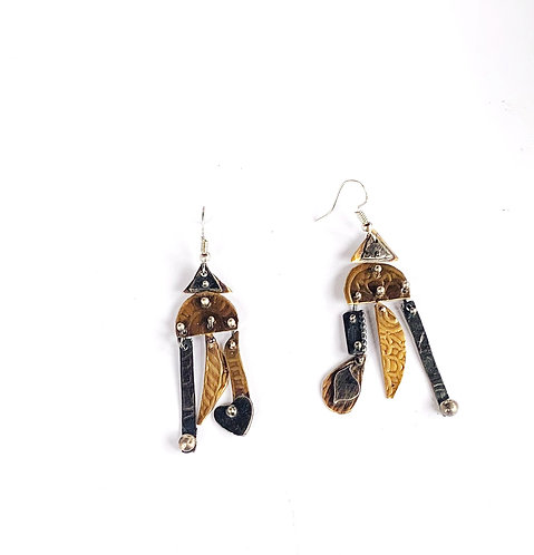 Dangle Earrings - Retro Design