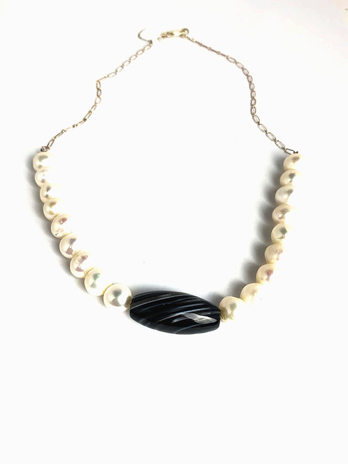 Large Round Freshwater Pearls with  Black Picture Agate