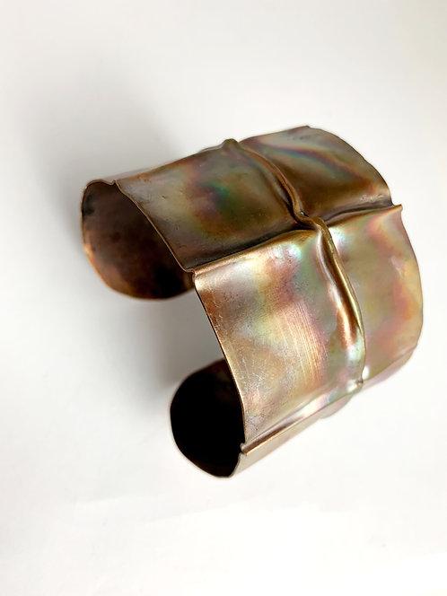 Fold Fromed Bracelet