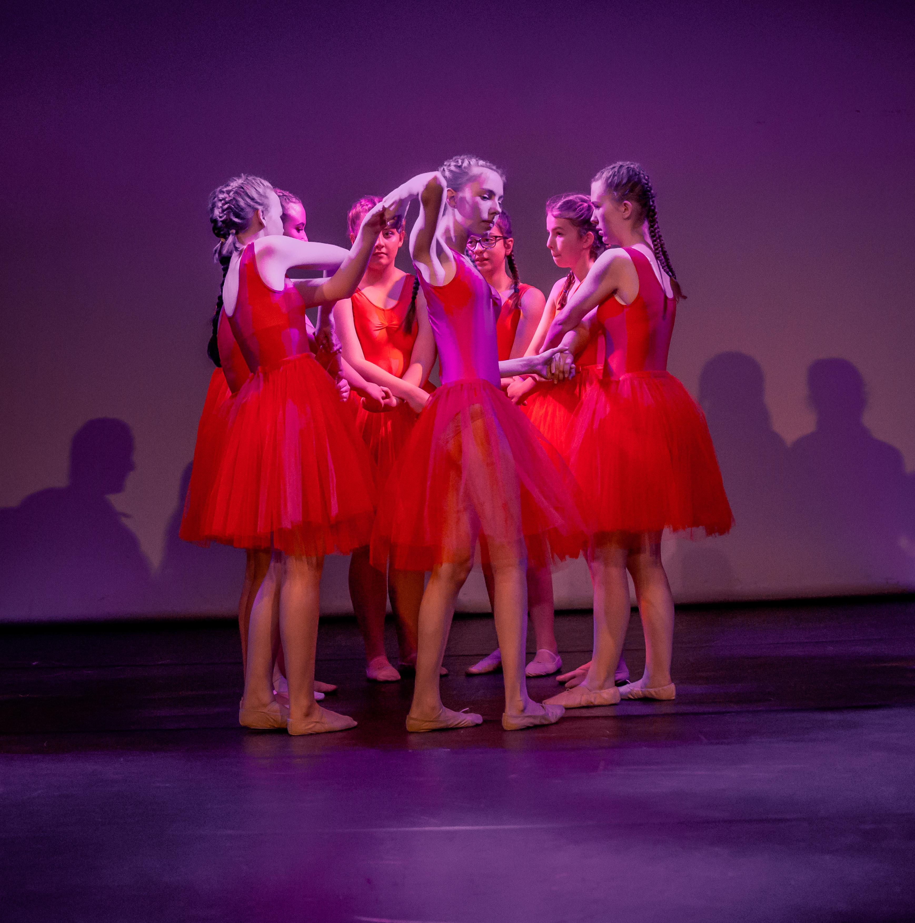 Dance 3-22