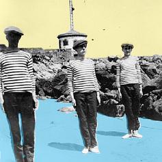 Témoignage anonyme, naufragé sur la grande plage d'Audierne un début avril ... probablement en hommage à Yves Tanguy et au Musée des Beaux Arts de Quimper.