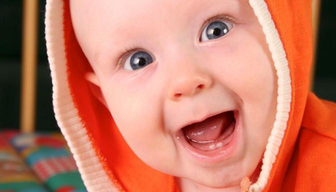 dientes, cuidados higiene, cuidados bebe, recién nacido, fotografo Zaragoza recien nacidos, fotografo newborn, ecobarriguitas, ecografia,
