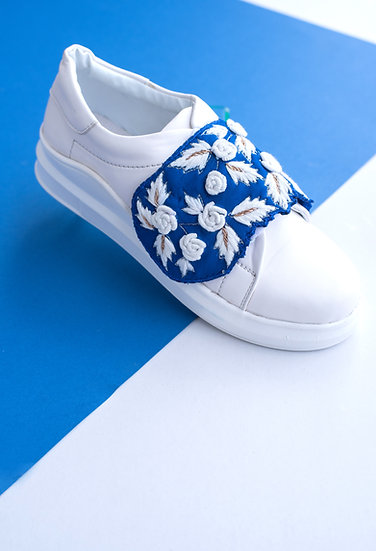 Blue Flap Sneakers with White Roses