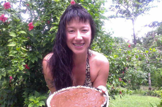 Kathy's Healthy & Raw: Coconut and Chocolate Cream Pie Recipe