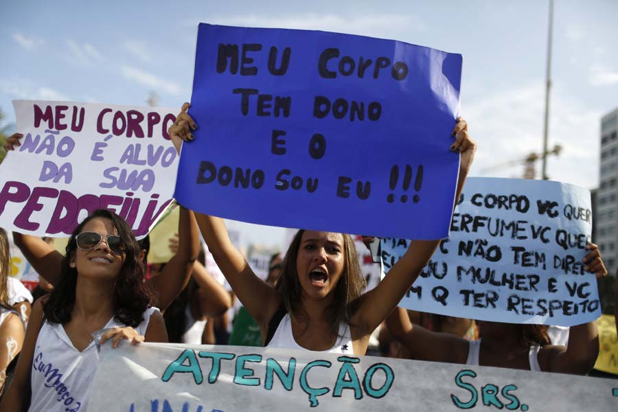 Students at International Women's Day, Rio de Janeiro, 2015. Source: ChinaDaily.