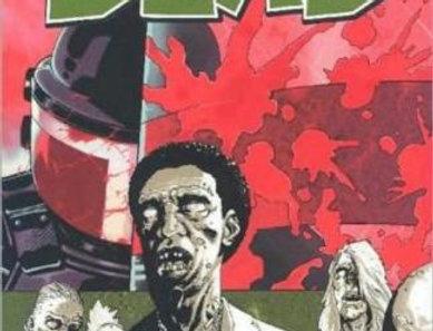 Walking Dead Volume 5: Best Defense Paperback