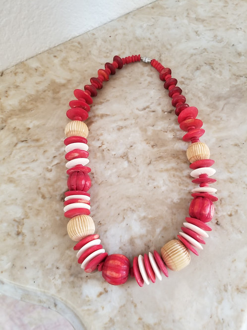 Like New - Red Wooden Beads Necklace