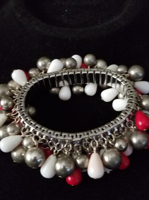 Pre-owned Beaded Stretch Bracelet