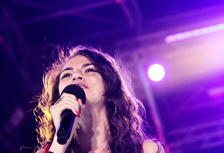 Silvia deejay on stage 1.jpg