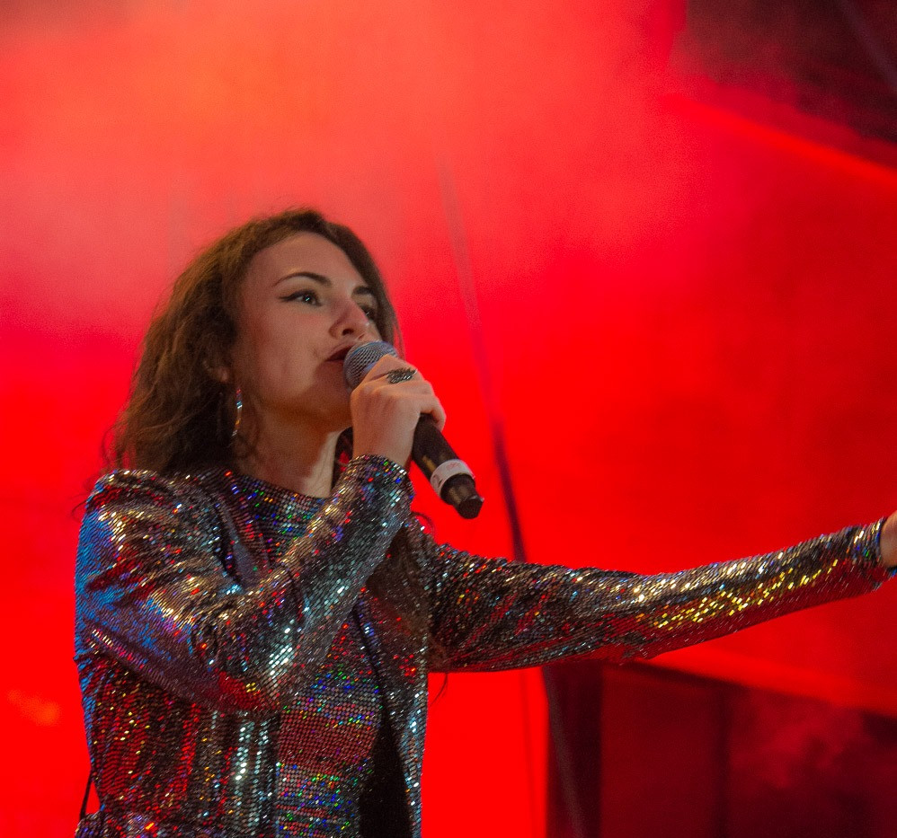 Silvia Cecchini Deejay on Ice 15.jpg