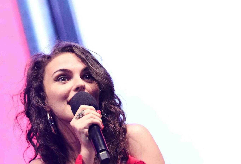 Silvia deejay on stage 13.jpg