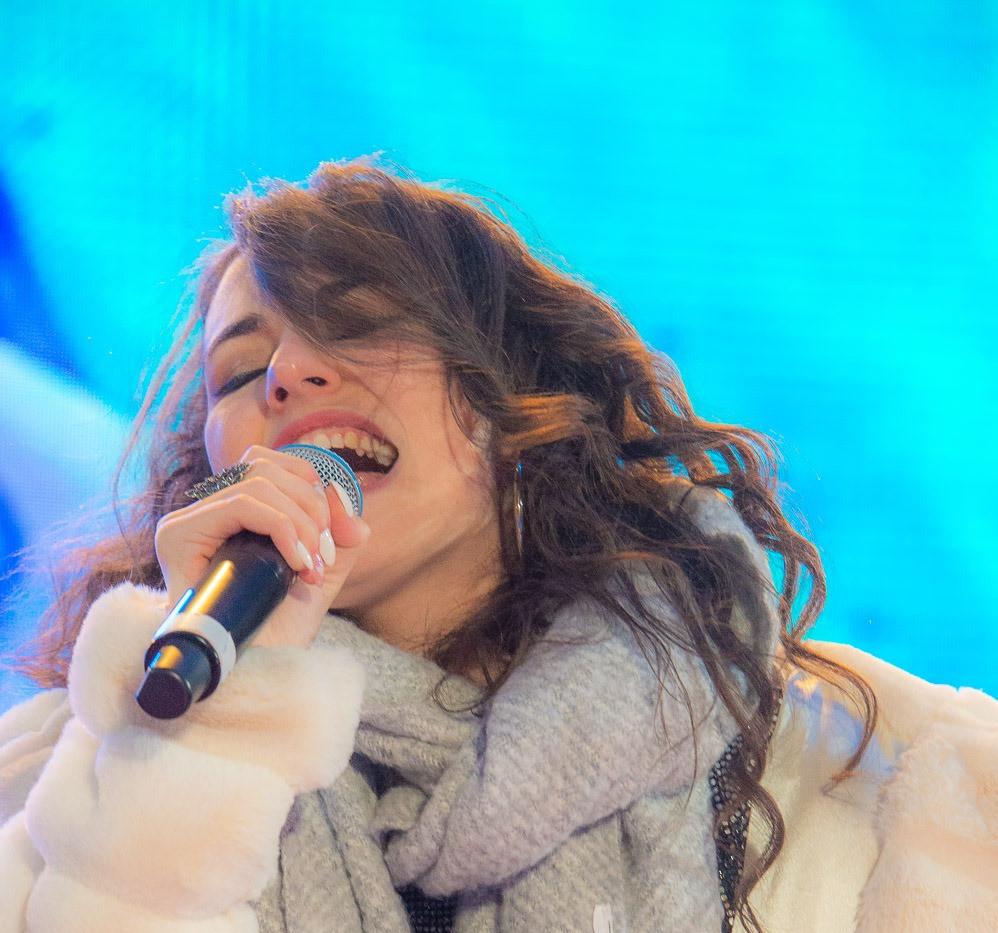 Silvia Cecchini Deejay on Ice 19.jpg