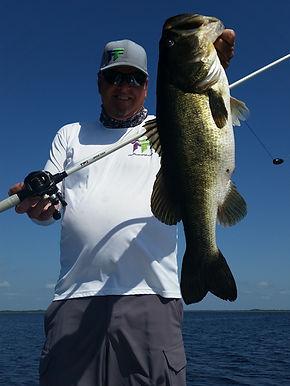 Kissimmee bass fishing guide. Capt. Dean Puller