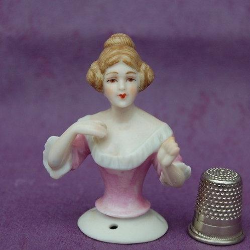 Demi Figurine DRESSEL & KISTER