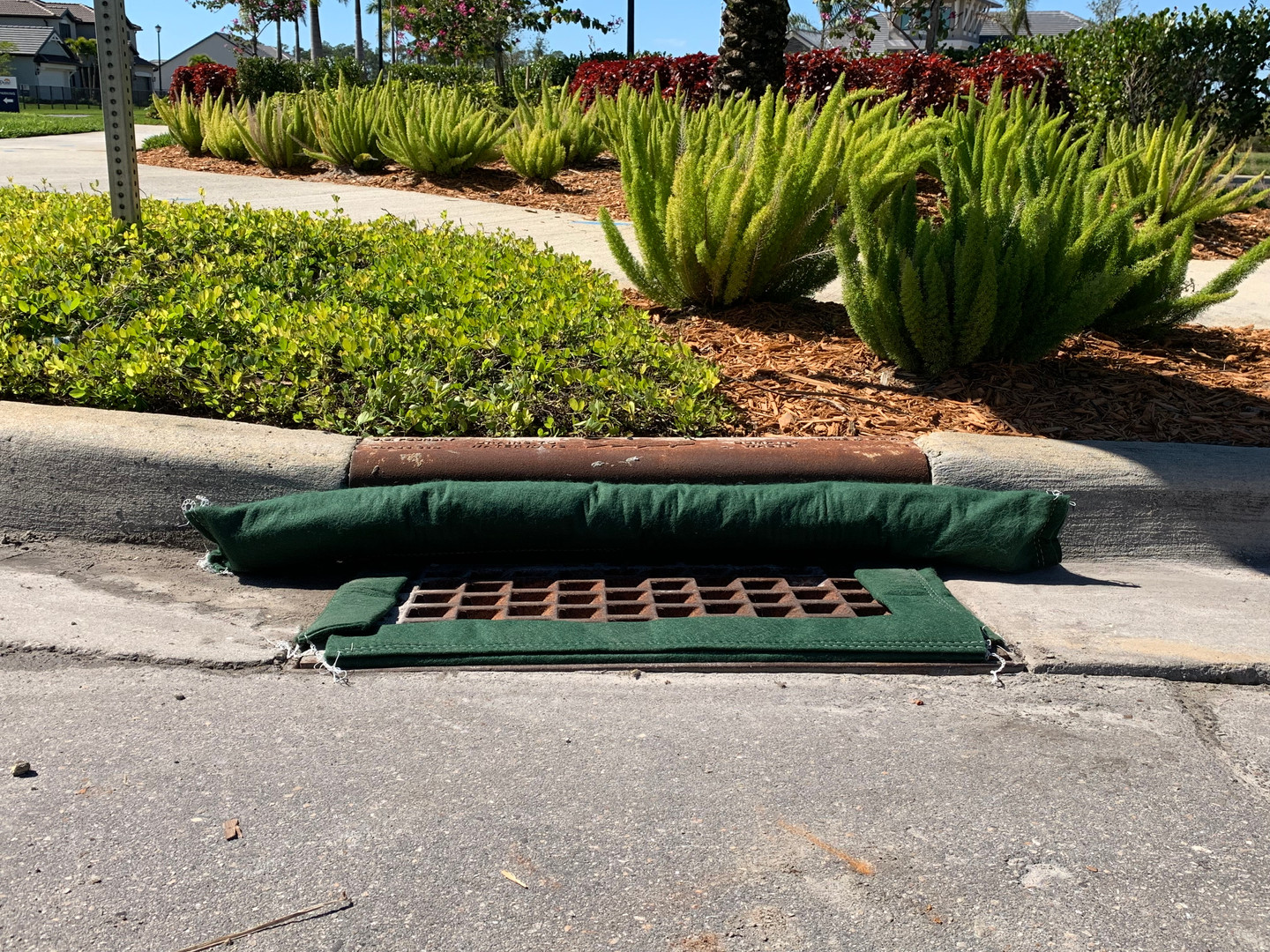 """18"""" x 36"""" Standard Filter, with attached Curb Blocker"""