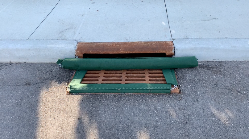 "18"" x 36"" Standard Filter, with attached Curb Blocker"
