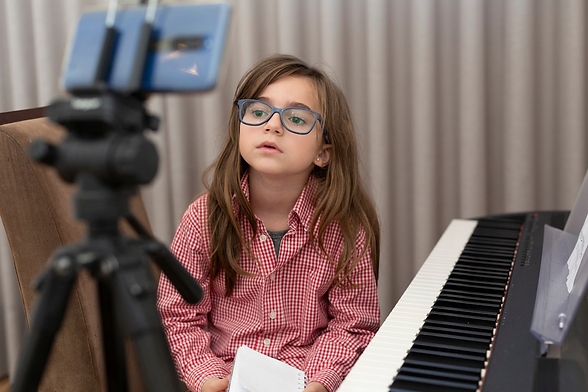 Online Music Lesson Stock Images (3).png