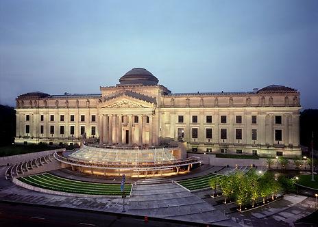 Brooklyn Museum of Art at Night