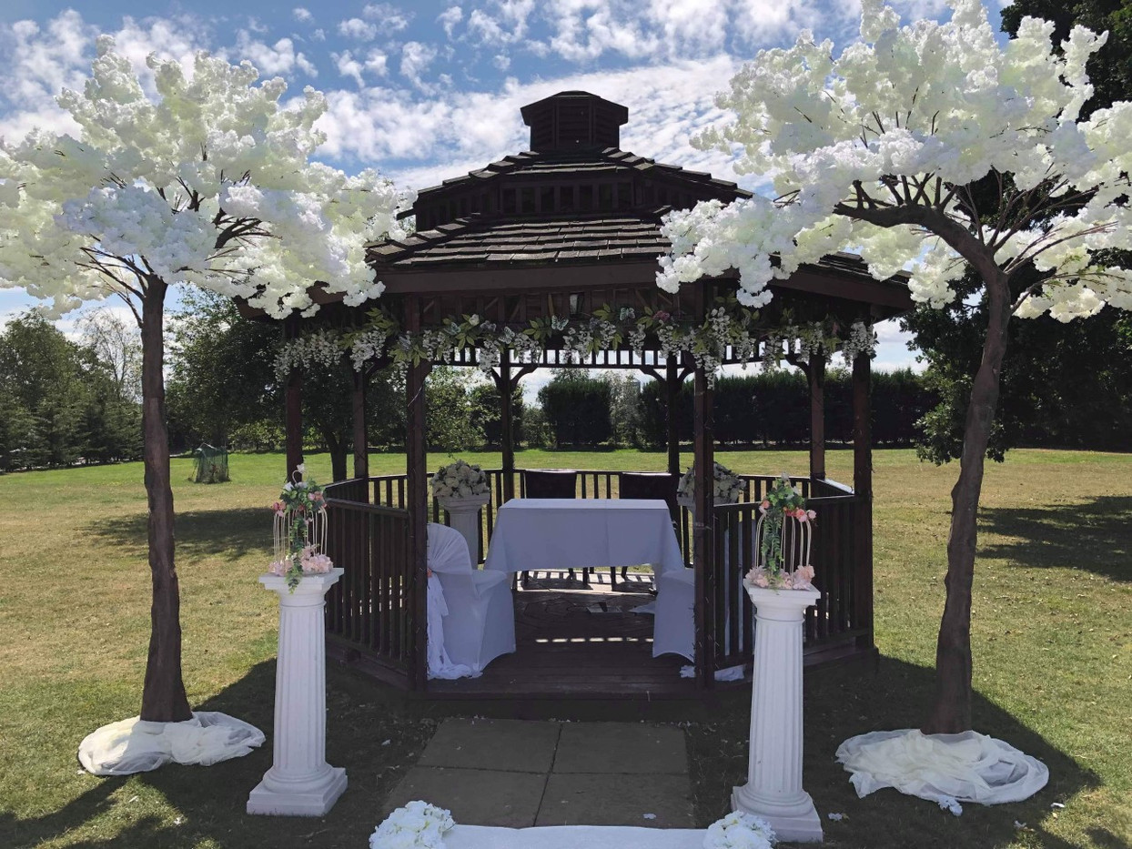Canopy Trees Wedding Ceremony.jpg