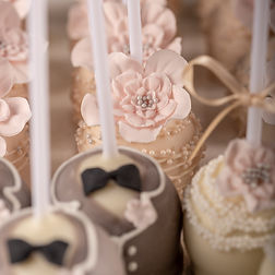 Wedding Favours - Our Mr & Mrs Cake Pops