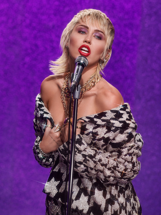 Miley Cyrus - Midnight Sky Promo