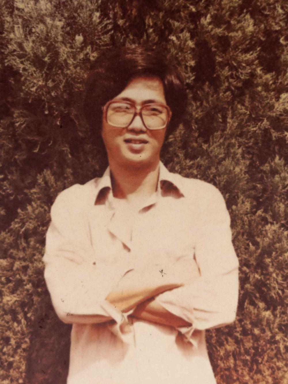 Mr Tan Tan Tiong  Hoe  when he was 19
