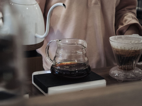 How to brew coffee with a V60